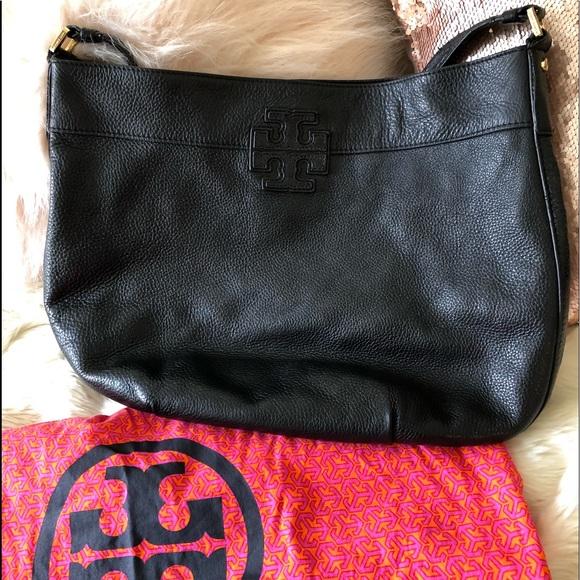 3ce26f84d973 Beautiful rare Tory Burch Stacked T Hobo bag purse.  M 5ab69f972c705dc4562e6497